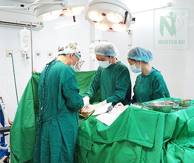 Phòng phẫu thuật đạt chuẩn y tế